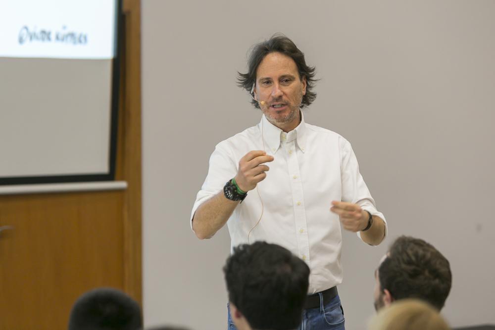 Víctor Küppers conferencia motivación Movetia